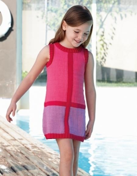 Платье для девочки из пряжи Katia Capri