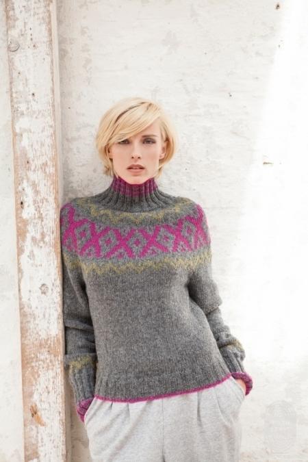 Пуловер с круглой жаккардовой кокеткой из пряжи Lana Grossa Alta Moda Alpaca