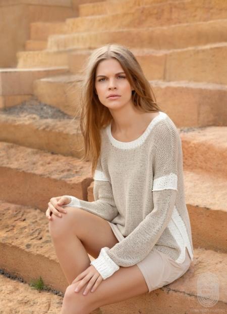 Пуловер из пряжи Lana Grossa Solo Lino Melange