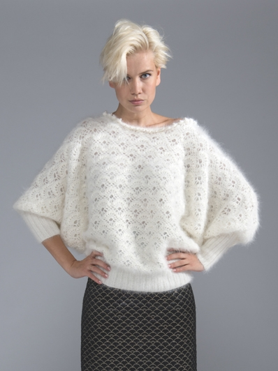 Пуловер из пряжи Anny Blatt Angora Prestige