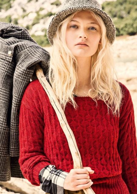 Пуловер из пряжи Lana Grossa Alpaca Peru 200