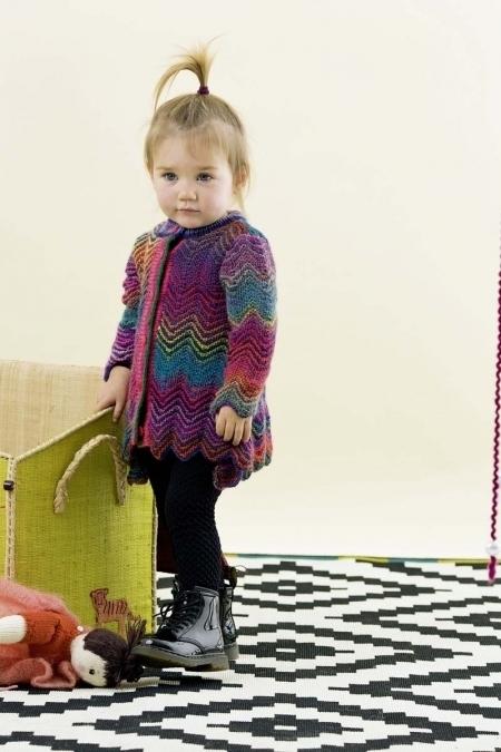 Детское пальто из пряжи Lang Yarns Mille Colori Baby