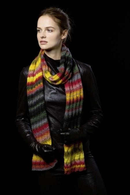 Осенний шарф из пряжи Lang Yarns Viva