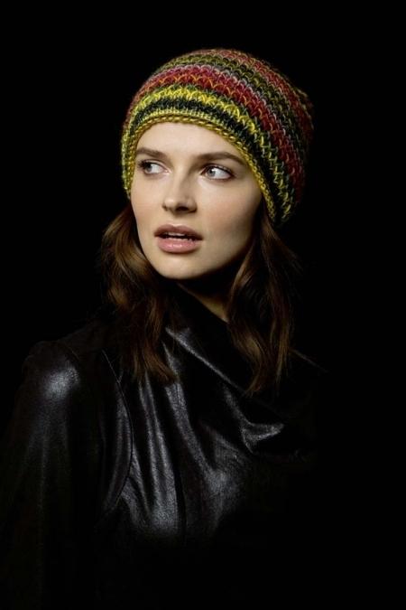 Осенняя шапка из пряжи Lang Yarns Viva