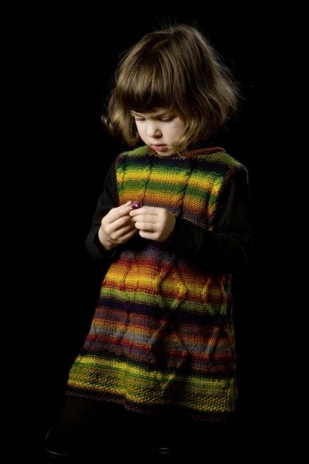 Детское платье из пряжи Lang Yarns Viva